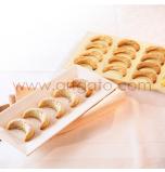 Moule Silicone | Spécialité Sablés Kipfel - 2 Plaques soit 32 croissants Ø 5,5 cm