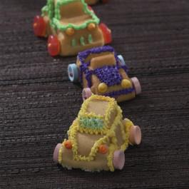 Moule à Gâteau Nordicware® | 8 Petites Voitures